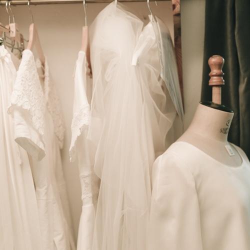 portant robes mariee demarche 2 be vernier 2020