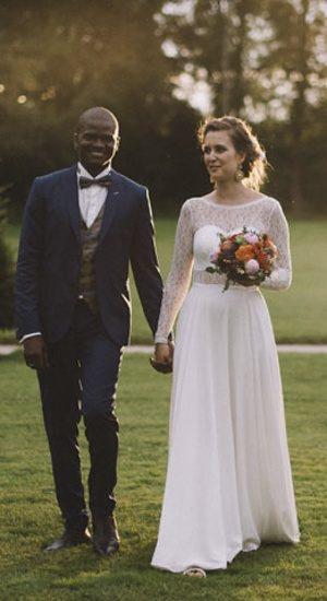 robe de mariee longue en crepe georgette de soie et dentelle cree par be vernier